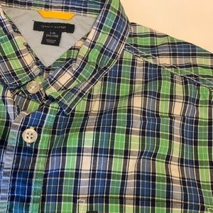 Tommy Hilfiger Shirts & Tops - Tommy Hilfiger Boys short sleeve button down shirt